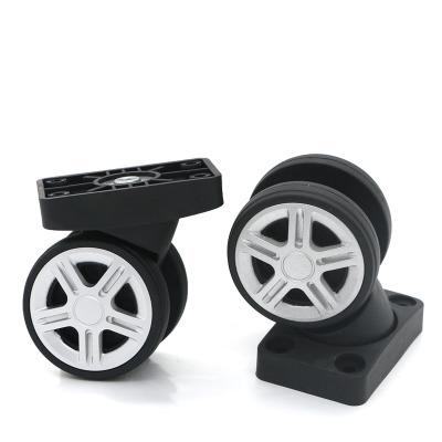 Ремонт чемоданов и дорожных сумок, замена колес