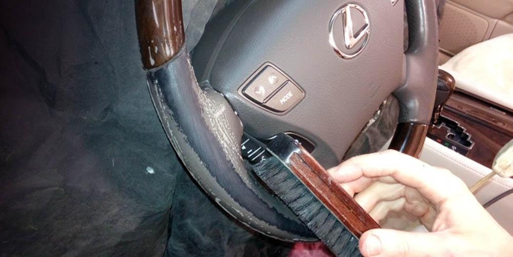 Обтяжка руля и мелких деталей кожей для вашего автомобиля